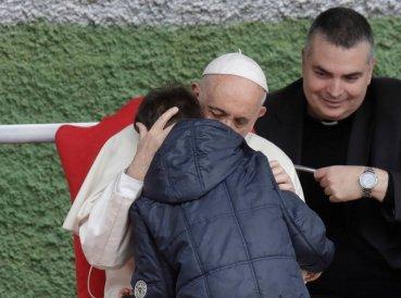 Respuesta del Papa cuando niño le preguntó: Mi padre murió siendo ateo ¿está él en el cielo?