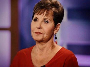 """Joyce Meyer admite que """"pensar mucho en prosperidad"""" sacudió su fe"""