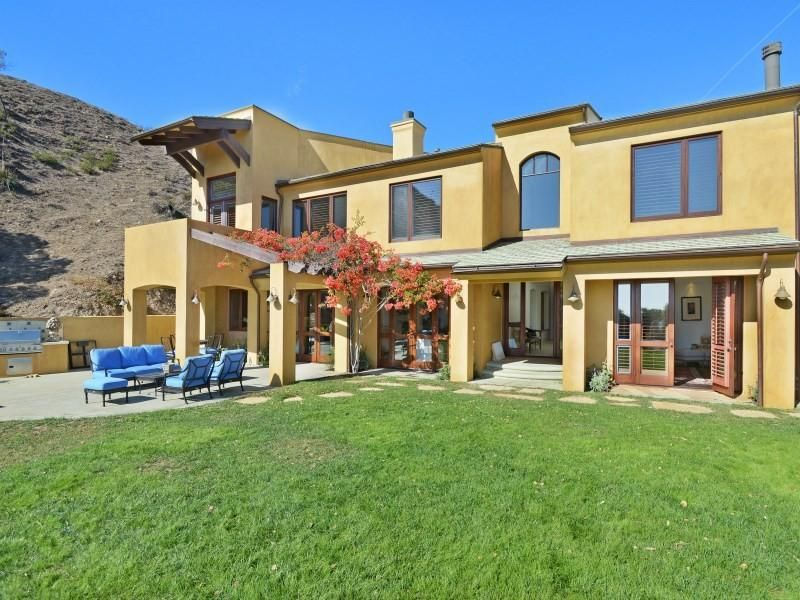 Malibu Country Estates homes for sale