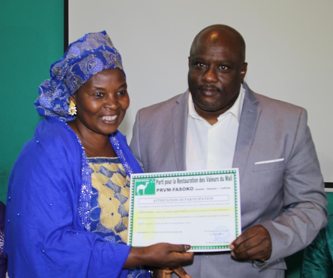 PRVM-FASOKO : Une vingtaine de femmes formées en gestion du parti au niveau local