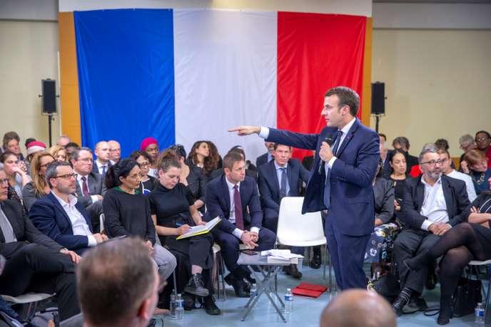 « Macron n'est pas à l'abri d'un plébiscite contre lui en cas de référendum »