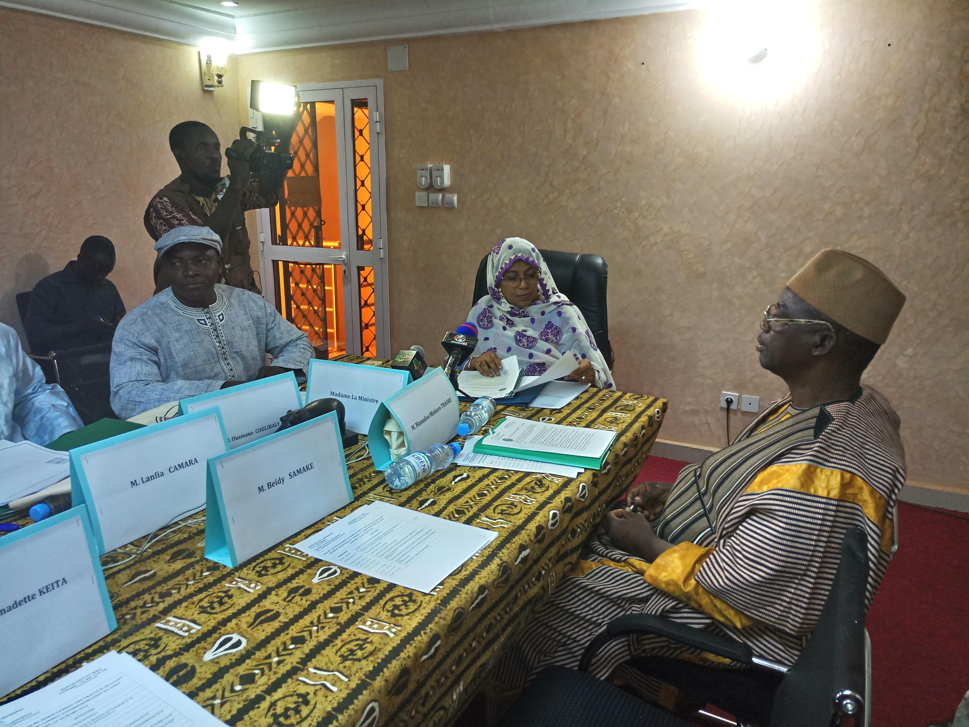 CDAT : Le développement de l'artisanat textile au cœur des préoccupations