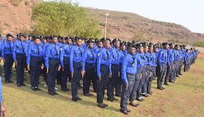 Police Nationale : Les officiers et sous officiers outillés aux manuels en charge de la gestion des frontières