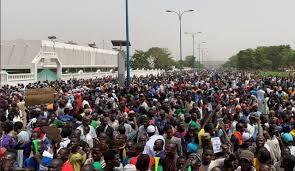 Marche réussie du vendredi 5 avril : L'Imam Dicko et le Chérif de Nioro s'imposent pour parler au nom des maliens en colère contre le régime