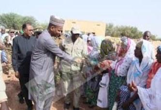 Visite en 5è  région: Le PM visite des camps de déplacés