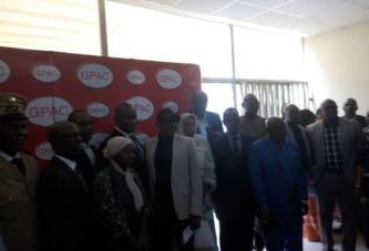 Bamako et les panneaux publicitaires : Désormais une convention pour mettre fin au désordre