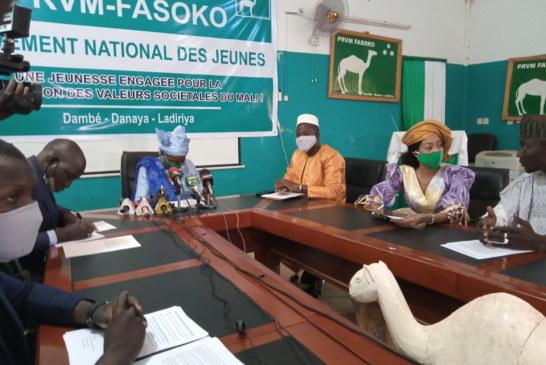 PRVM-FASOKO : Un mouvement intégré des jeunes et des femmes fonts baptismaux