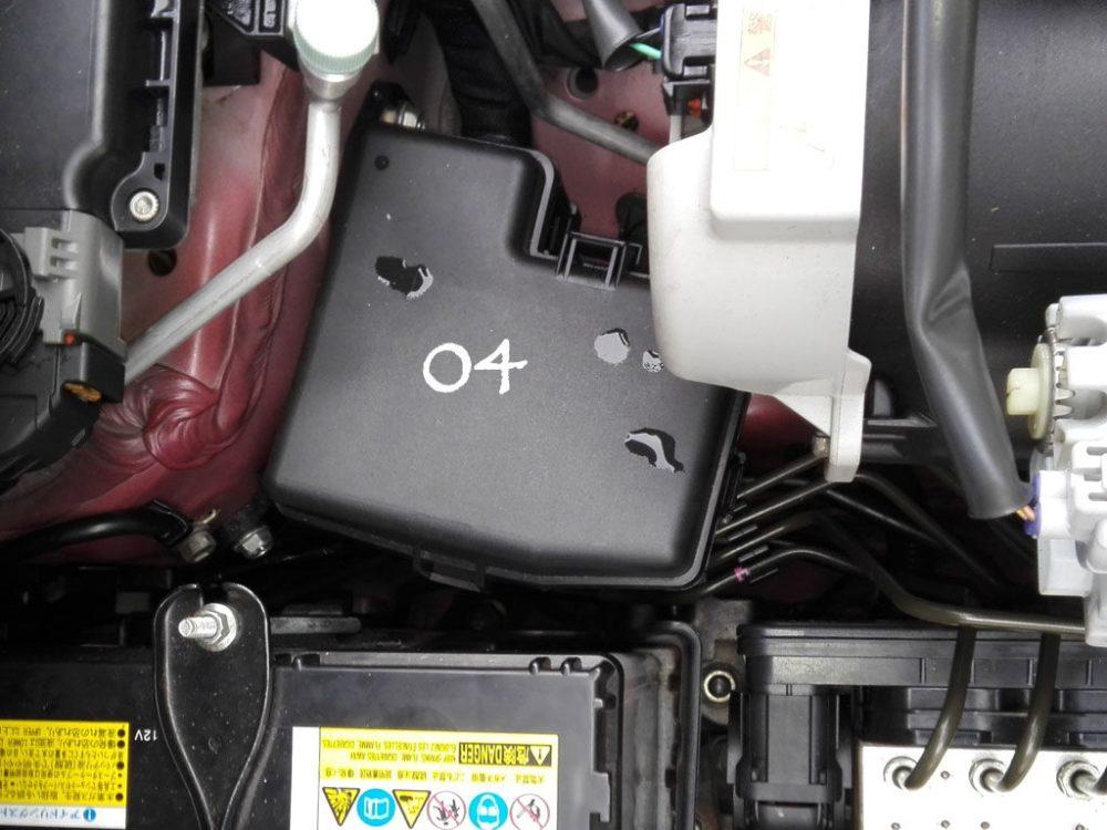 medium resolution of suzuki wagonr hybrid stingray fuse design in the engine compartment