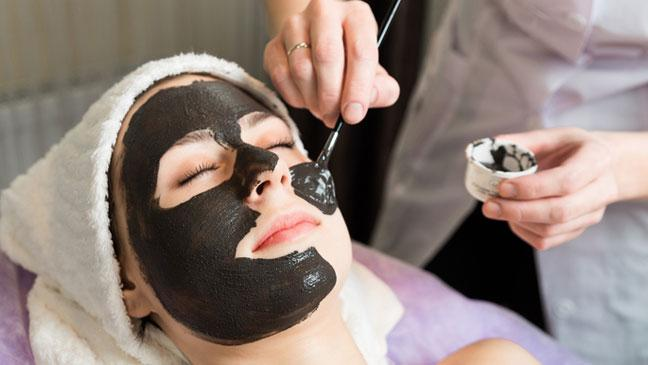 Manfaat Menggunakan Masker Arang