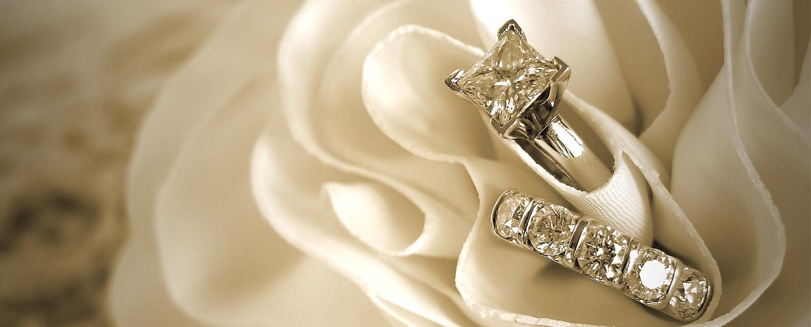Ehering und Brautschmuck bei der Hochzeit auf Mallorca