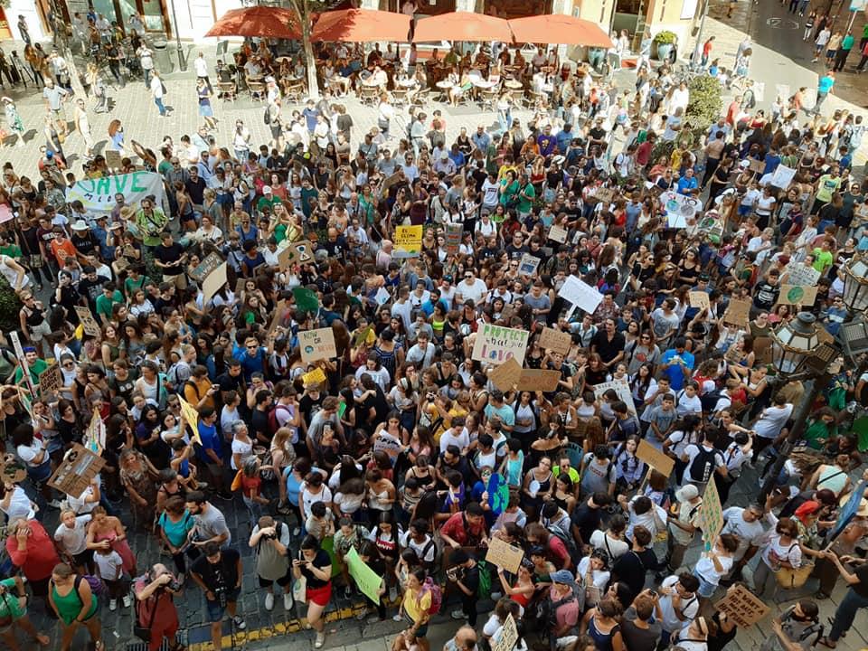 """Tausende Demonstranten beim """"Klima-Streik"""" in Palma"""