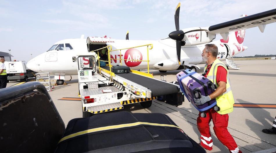 Gepäck Charter am Flughafen Düsseldorf