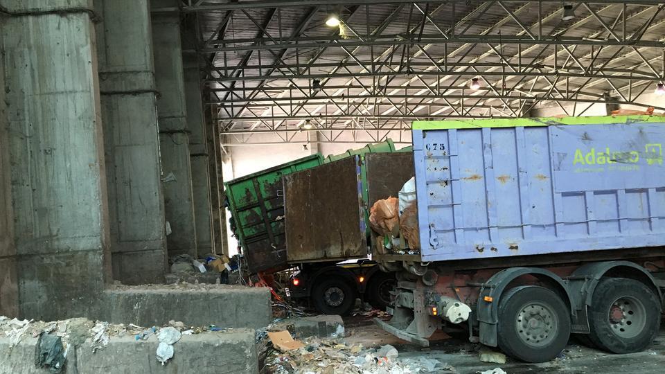 Müllwagen / Müllabfuhr auf Mallorca