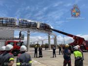 Feuerwehr rettet Schulkinder aus Monorail