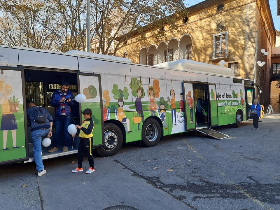 EMT stellt neue Busse vor