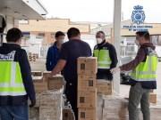 Policía Nacional interveniert mit 19.600 Masken, 498.000 Nitrilhandschuhen und anderer medizinischer Ausrüstung
