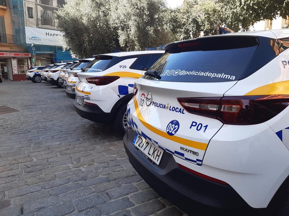Neue Patrouillenfahrzeuge der Policia Local