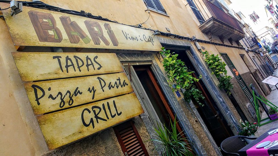 Restaurant Bari Vins i Café