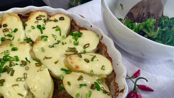 Hackfleisch mit gratinierten Kartoffeln