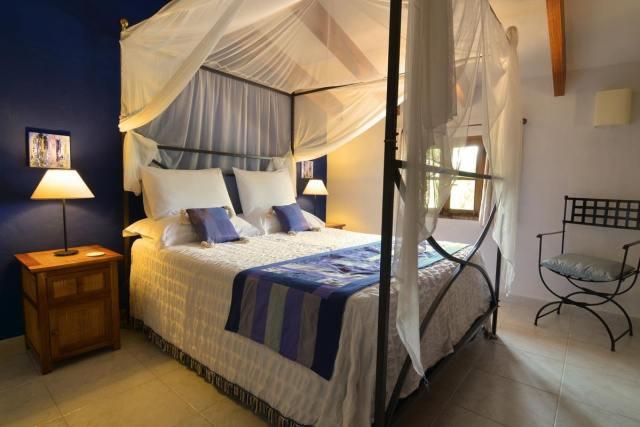 azul bedroom