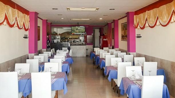 himalaya indian nepalese restaurante port de pollenca visa sala a3057