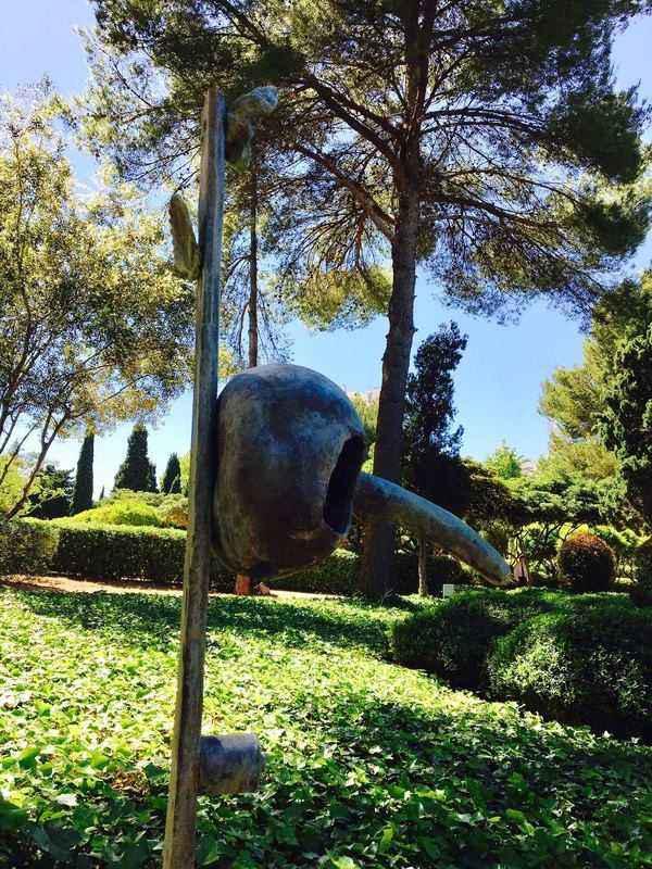 Kunstwerke von Joan Miró in Marivent Gärten/Mallorca. Bildnachweis: AHM PR/Kirsten Lehmkuhl