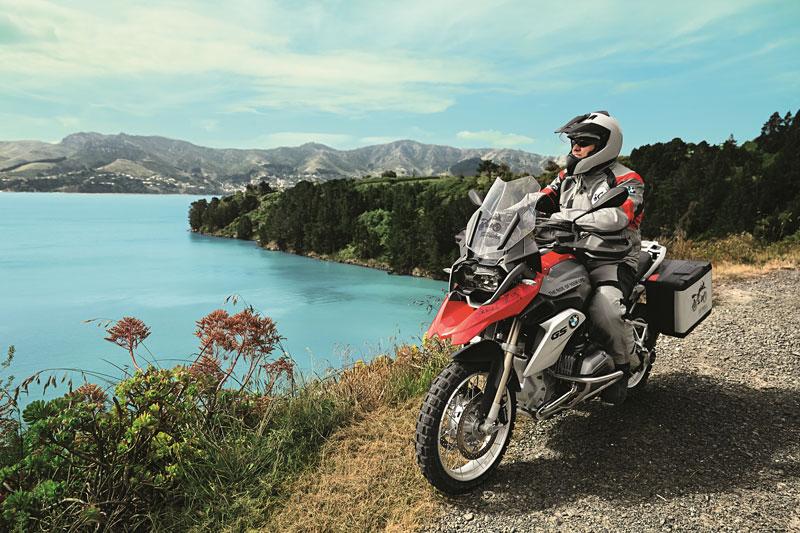 Mit Sixt und BMW Motorrad die besten Strecken entdecken / Sixt Mietstationen in München, Berlin, Hamburg, Bonn, Frankfurt und jetzt auch auf Mallorca