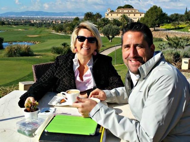 Der Golf Pro und die Bloggerin