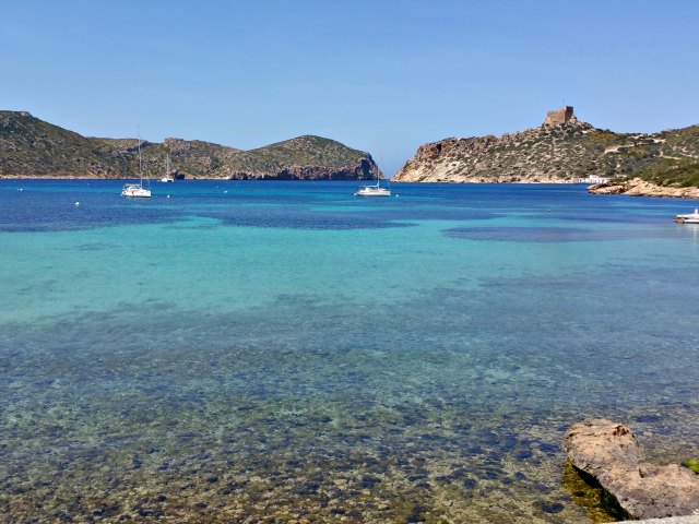 Vor der Insel Cabrera ankern maximal 50 Boote