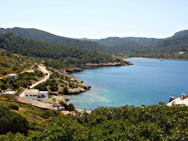 Die Insel Cabrera hat einen Naturhafen.