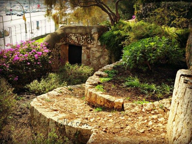 Der Weg durch die Gärten