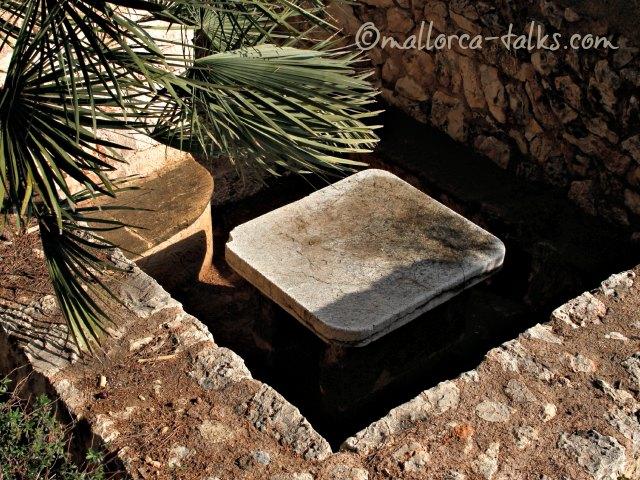 Sitzecke in den Natzaret-Gärten