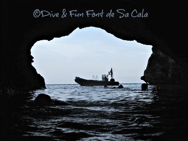Piratenhöhle Eingang