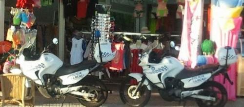 noticias mallorca La Policía halla material ilegal para ambulantes en un registro masivo