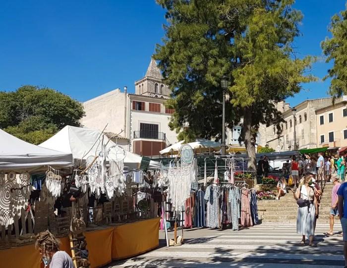 Markttag in Sineu