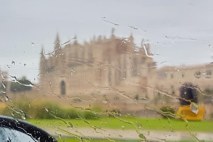Palma Kathedrale La Seu im Regen