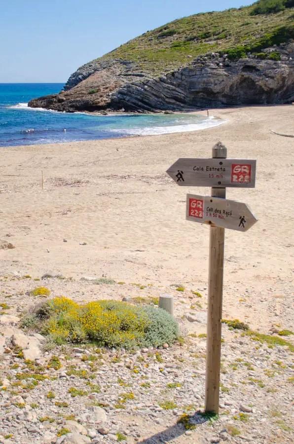 Wandern an der Cala Torta