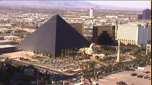 Luxor - from the air @ Tolfalas.com