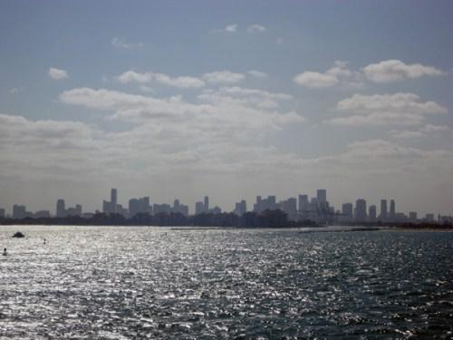 Tolfalas - Sailing away from Miami