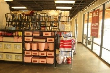 Review Of Pottery Barn Outlet Store In San Marcos TX