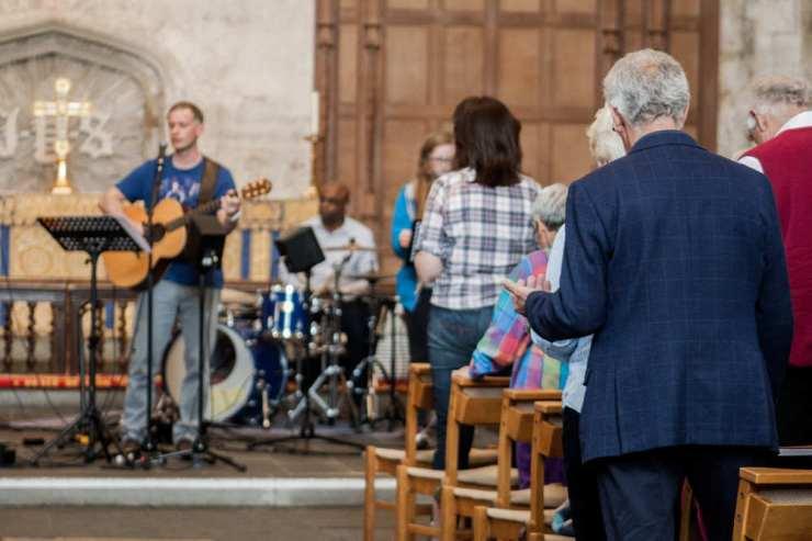 Informal worship at the Abbey 4 o'clock service