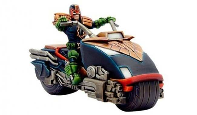 WARLORD GAMES WILL RELEASE NEW 'JUDGE DREDD MINIATURES GAME' SETS