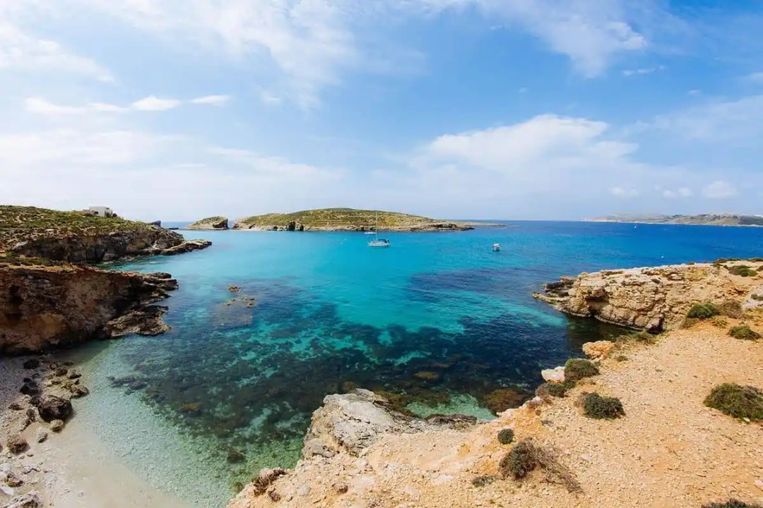 Comino offers a number of spots that are great for snorkelling.