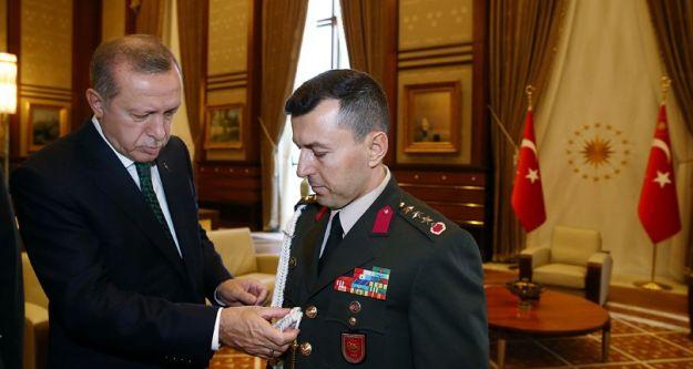 Cumhurbaşkanı Erdoğan ve 15 Temmuz Darbe Girişim sonrasında tutuklanan yaveri Albay Ali Yazıcı