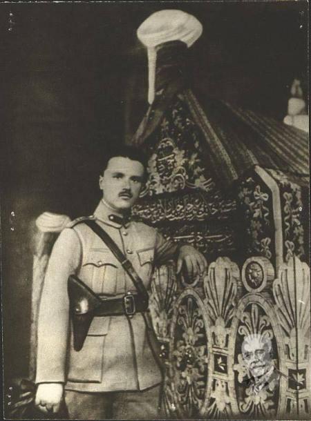 Sofoklid Venizelos'un Bursa Osman Gazi Türbesinde Çekildiği Fotoğraf