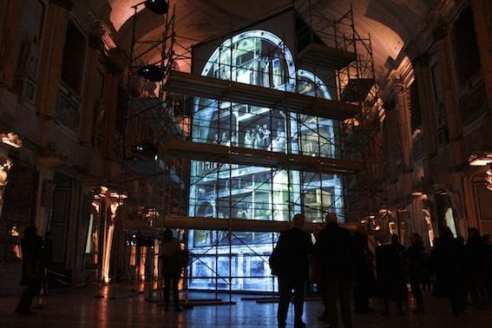 """L'installazione """"Giotto, oltre l'immagine. La Cappella Peruzzi"""" a Palazzo Reale di Milano. Foto Christian Salvatore"""