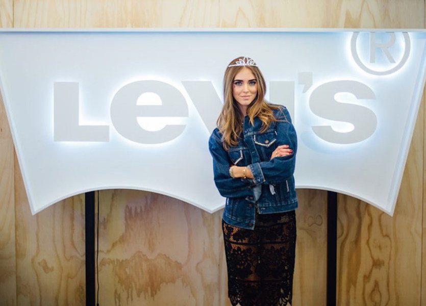 Levi's personalizzati per un'estate a ritmo di rock