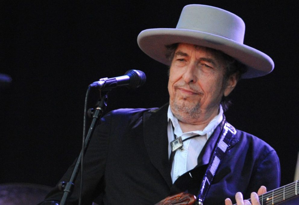 Bob Dylan non ritirerà il Nobel
