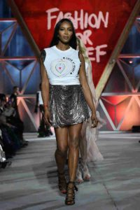 Mame Moda Fashion For Relief, Naomi Campbell a Cannes 2018. t-shirt diesel