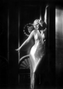 Mame Moda Anni 30 il grande abito da sera bianco. Jean Harlow